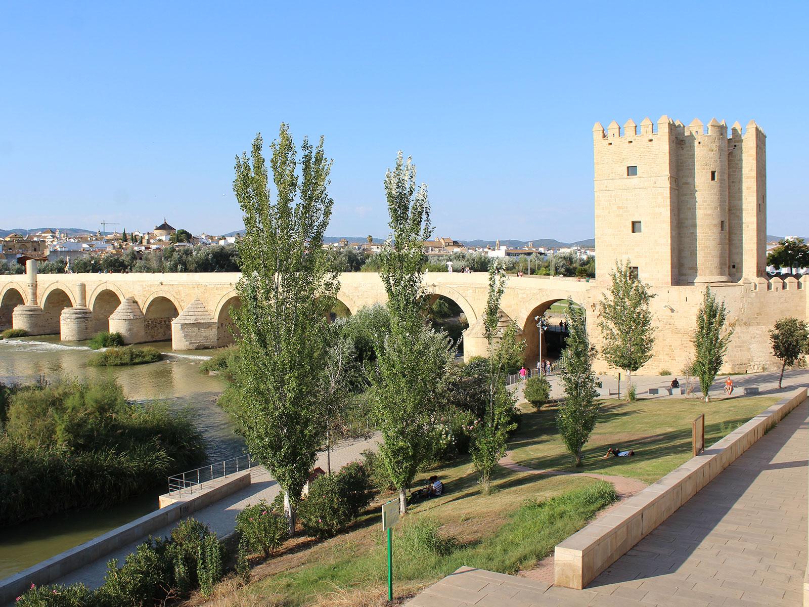 Visitar la Torre de la Calahorra