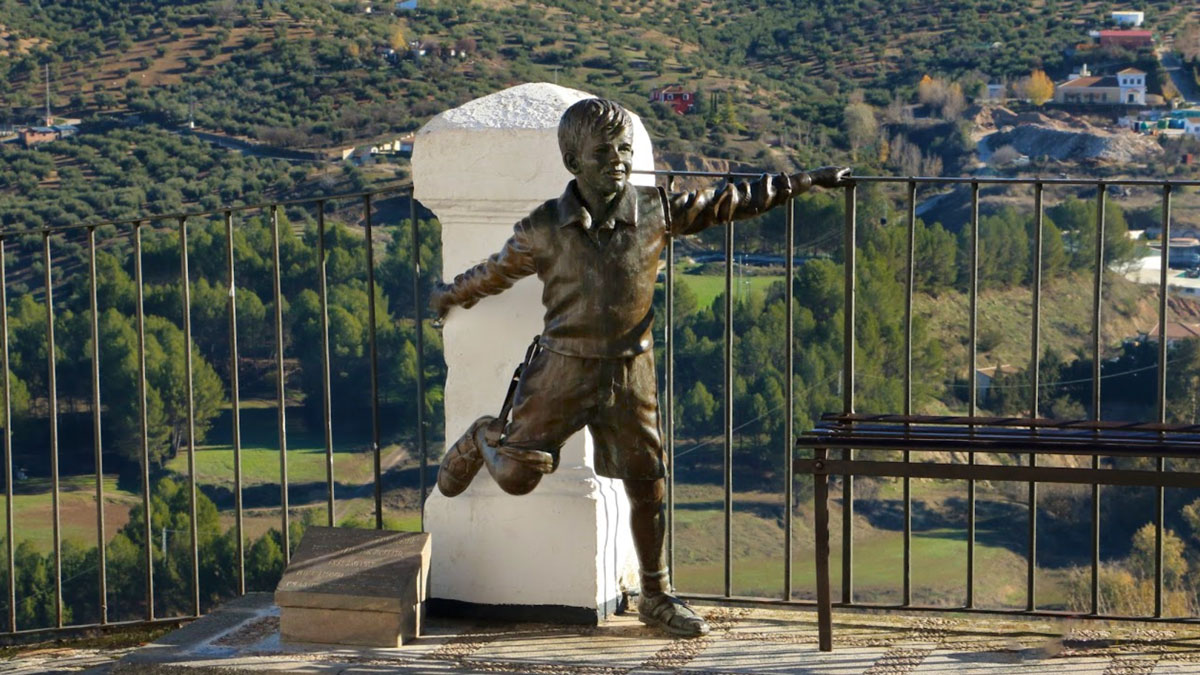 Escultura de Joselito en el Balcón del Adarve