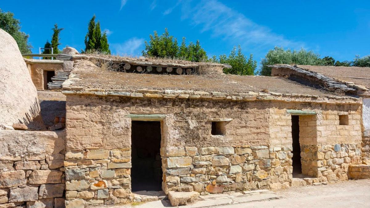 Poblado Íbero cerro de la cruz en Almedinilla