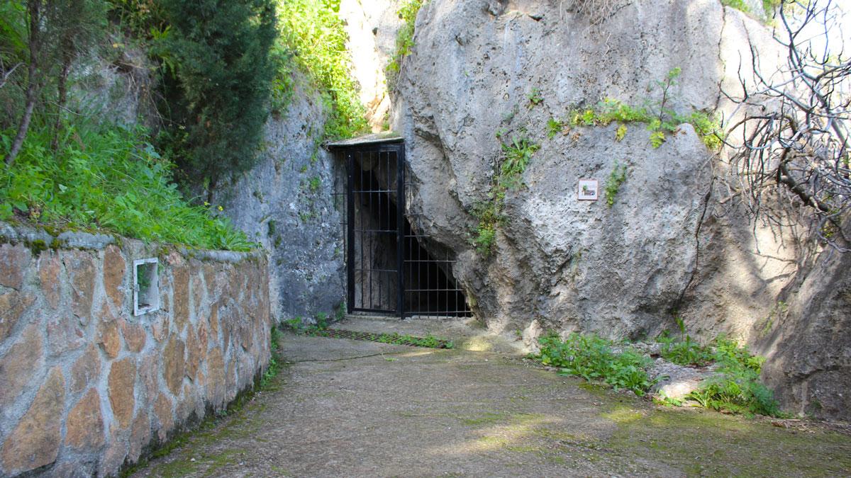 Cueva de la Encantada en Luque