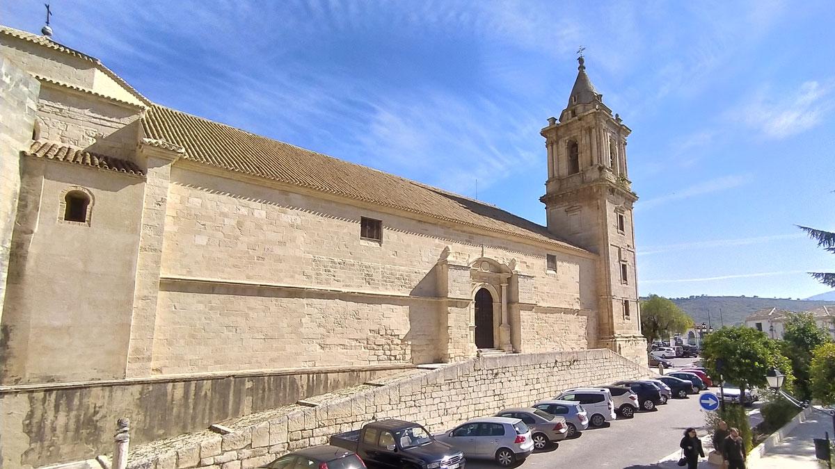 Lateral de la Iglesia de la Asunción en Luque