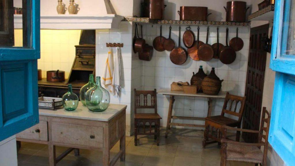 Viana palace kitchen
